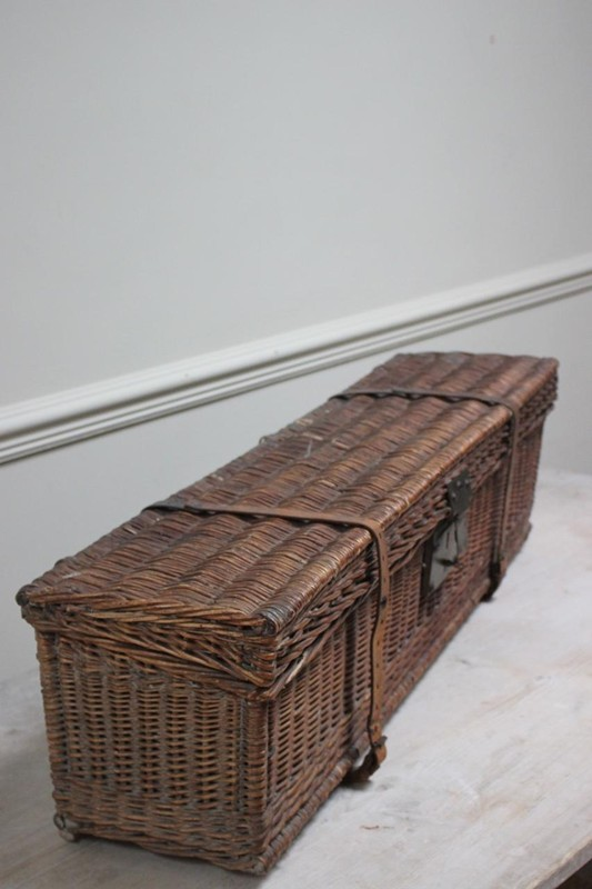 1920s Auto Travelling Trunk-brownrigg-product13-8may2018-45-E2-main-636629454778292404.jpeg