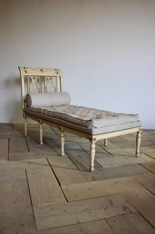 A circa 1900 French painted daybed -brownrigg-product26-12oct-2141-3-main-636752017051068740.jpeg