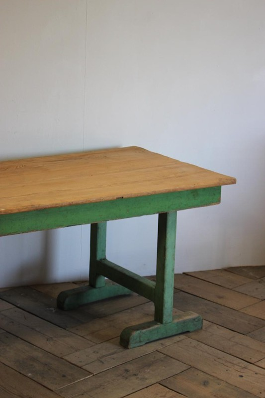 1940s Pine Dining Table in original paint-brownrigg-product4-13july-4715-E5-main-636670944198348128.jpeg