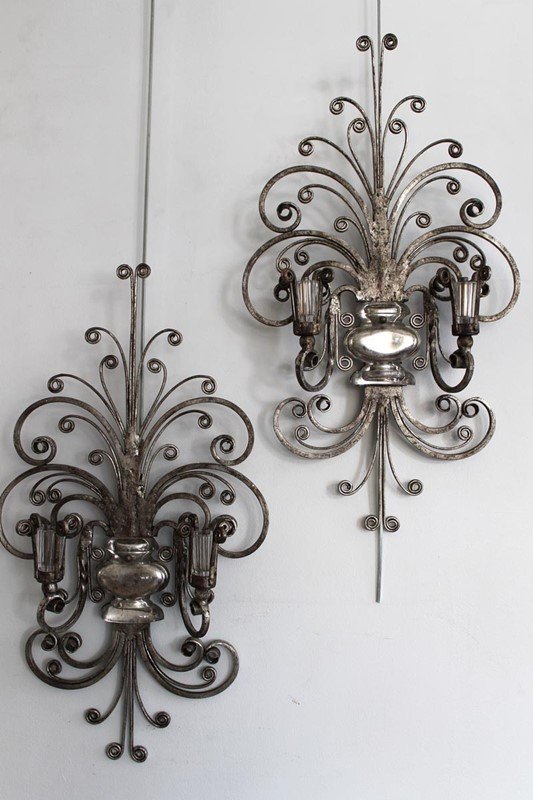 A set of 6 silver gilt Italian wall lights-carlton-davidson-img-8405-v2-main-637347660053715307.jpg