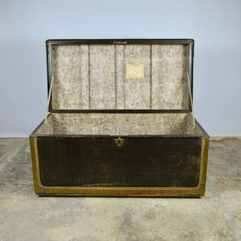 Regency Leather Bound Trunk-claire-langley-antiques-dsc-0349-main-637242883624807115.jpg