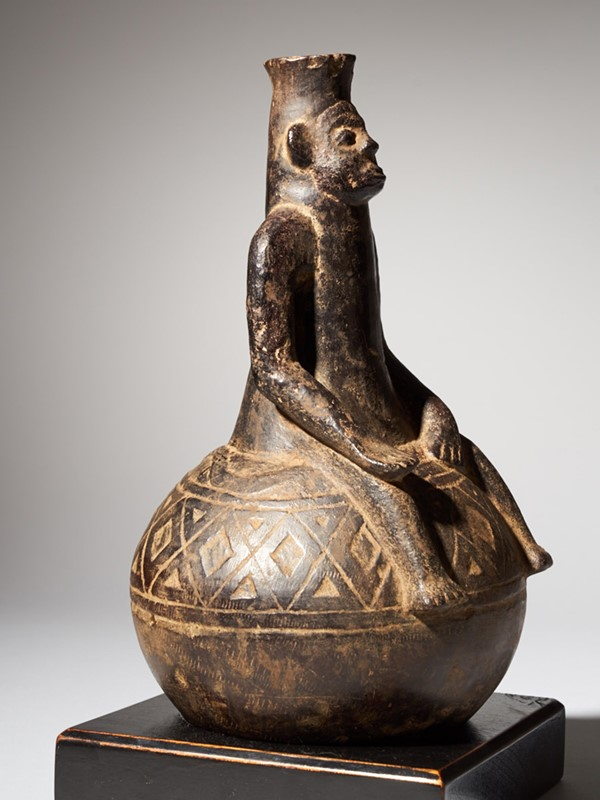 Anthropomorphic Figural Vessel in Terracotta-collectit-by-spectandum-000267-04-2mb-main-637360448409999740.jpg