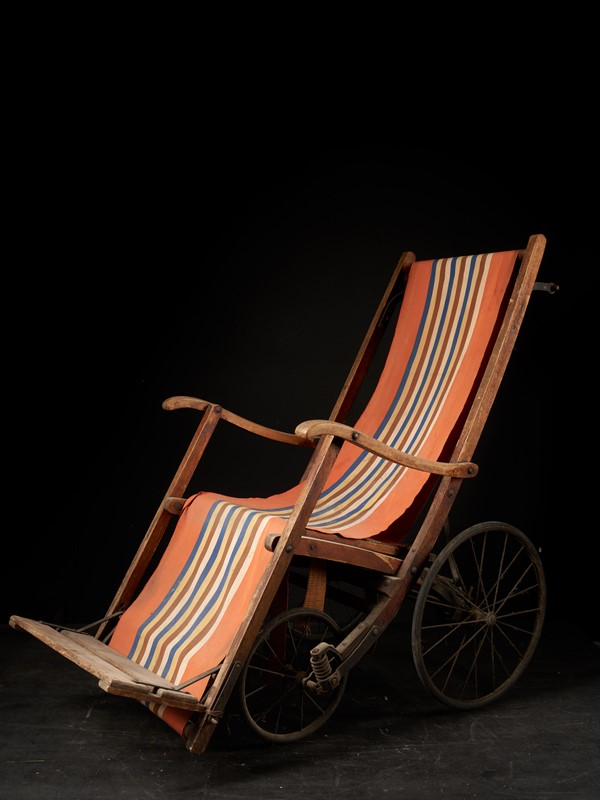 20th C, Antique 4-wheel Pushchair-collectit-by-spectandum-000614-01-2mb-main-637374791536199460.jpg