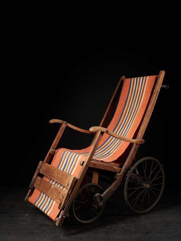 20th C, Antique 4-wheel Pushchair-collectit-by-spectandum-000614-02-2mb-main-637374791873776172.jpg