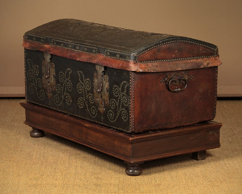 19th.c. Leather Bound Trunk on Stand.-collinge-antiques-img-4581-main-637321624905131814.jpg