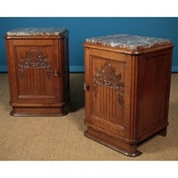 Pair of Art Deco Bedside Cabinets c.1930.