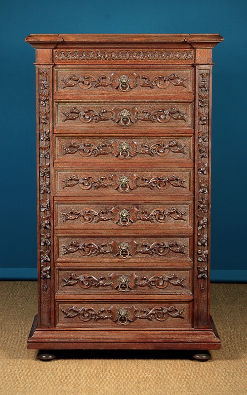 Carved Oak Bank of Drawers.-collinge-antiques-img-6169-main-637250692144884181.jpg