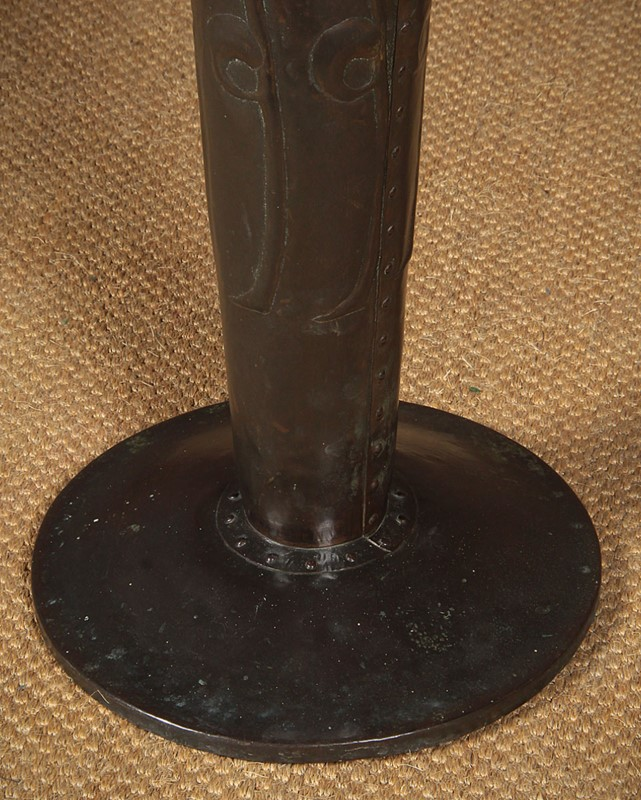 Large Arts & Crafts Copper Floor Vase.-collinge-antiques-img-9109-main-637410611574529565.jpg