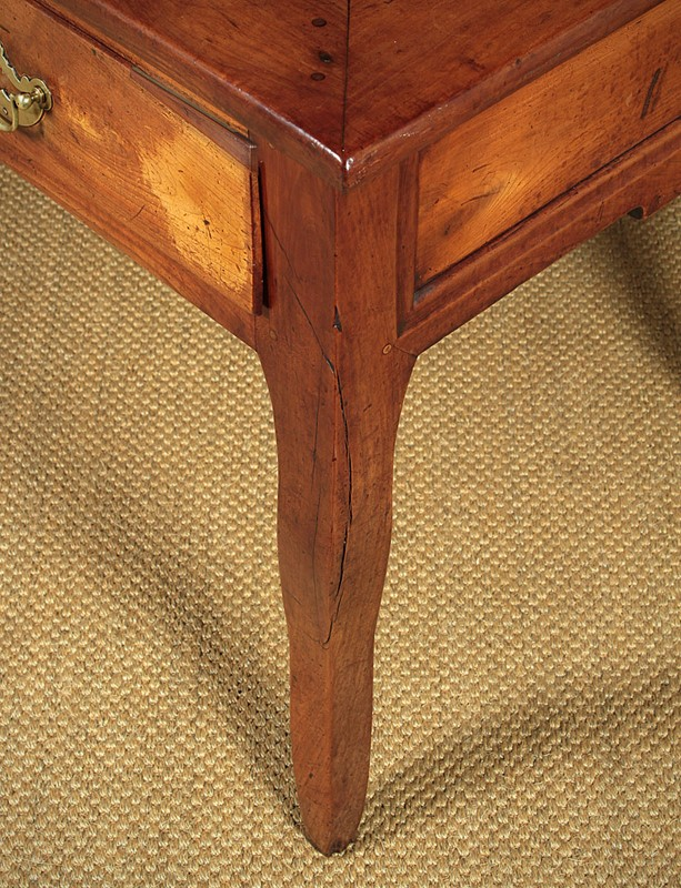 French Cherrywood Kitchen Table c.1810.-collinge-antiques-img-9881-main-637308464770279235.jpg