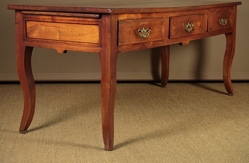 French Cherrywood Kitchen Table c.1810.-collinge-antiques-img-9888-main-637308464794810380.jpg
