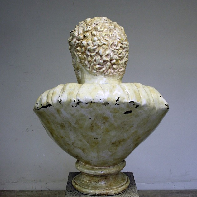 Bronze and Enamel bust of Caracalla-cubbit-antiques-interior_bronzebust_back_main_636317458191974716.jpg