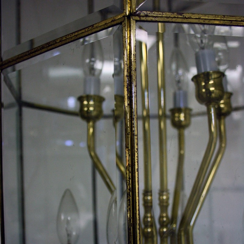 Large Late 20th Century Brass and Glass Lantern-cubbit-antiques-lighting-largelantern-closeup-main-637334300110748837.jpg