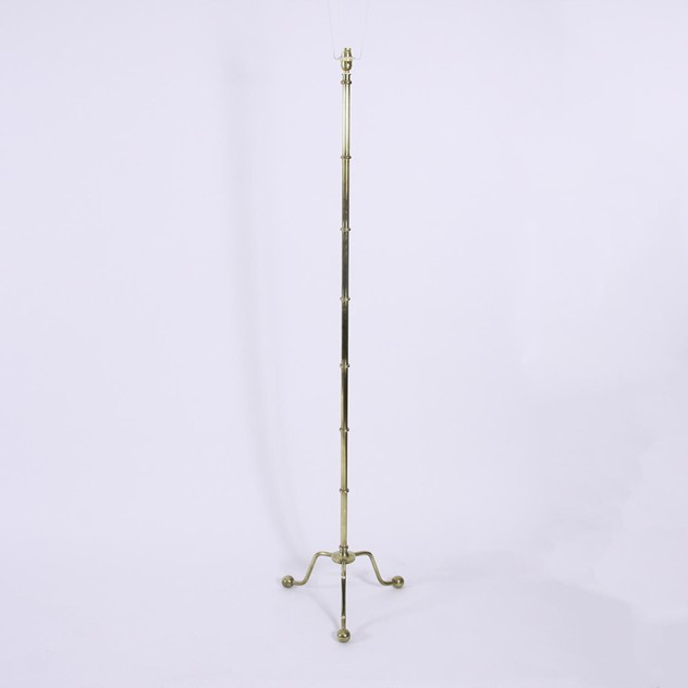 French 1960s Brass Floor Lamp with Ball Feet-d9575fa8-3ad7-402f-a366-51efbf1de3c6.jpg