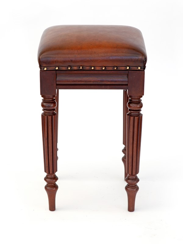 Antique William IV Mahogany High Stool-david-griffith-antiques-64034-main-637256644823883006.jpg