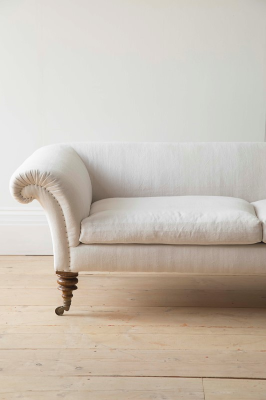 Bespoke Country House Sofa-dean-antiques-0w0a0032-main-637091535506061177.JPG