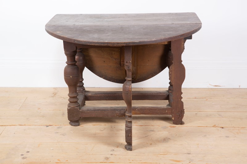 17th Century Danish table -dean-antiques-img-0942-main-636893675830583117.JPG
