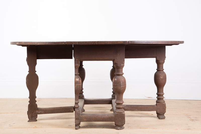 17th Century Danish table -dean-antiques-img-0944-main-636893676475026048.JPG