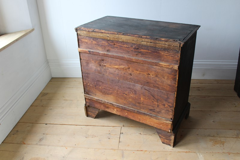 18th Century Chinoiserie Chest-dean-antiques-img-4118-main-636984433043639868.JPG
