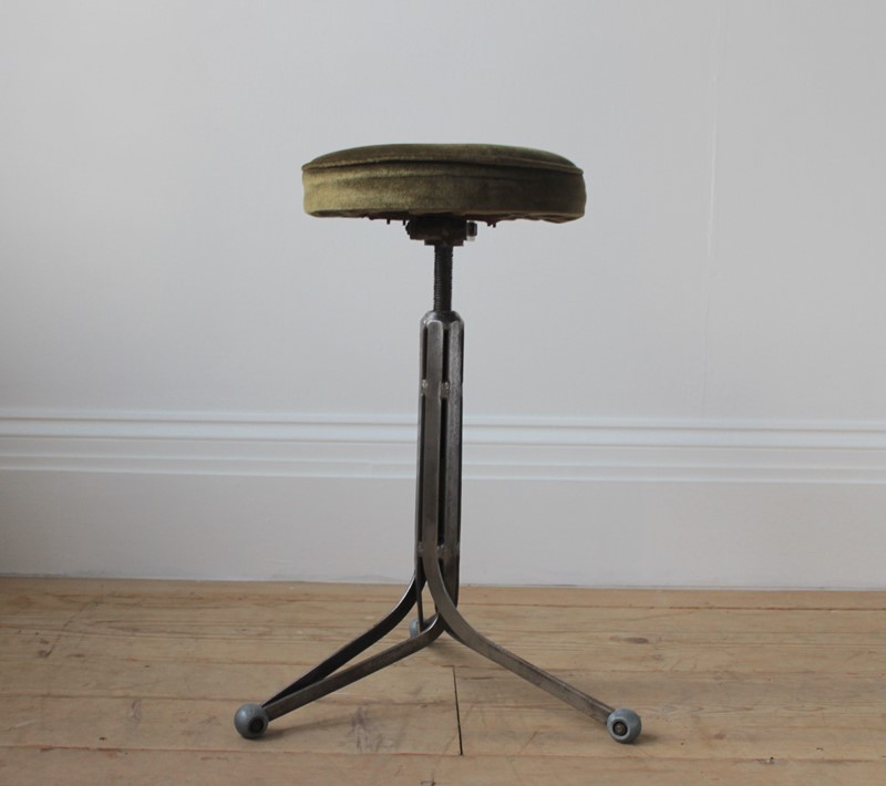 20th Century Industrial Stool-dean-antiques-img-7263-main-637171918965953522.JPG
