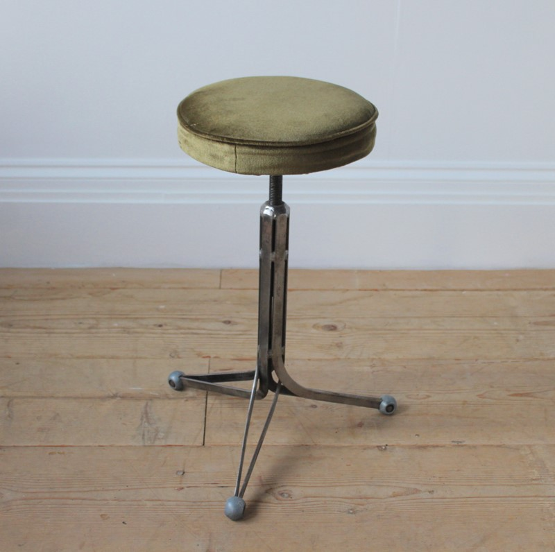 20th Century Industrial Stool-dean-antiques-img-7266-main-637171918975484597.JPG