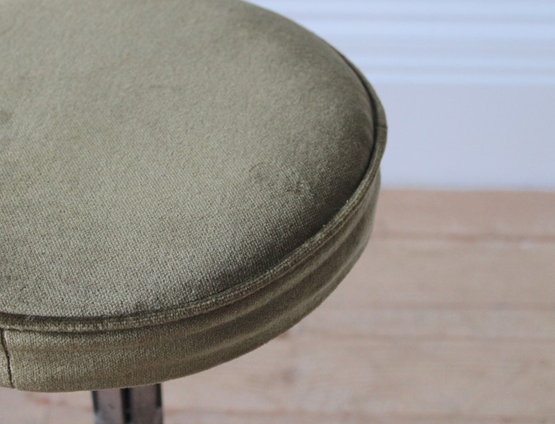 20th Century Industrial Stool-dean-antiques-img-7273-main-637171918997984427.JPG
