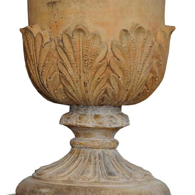 Large English Faux Terracotta Stoneware Urn -decorator-source-60a_main_636477237572319815.jpg