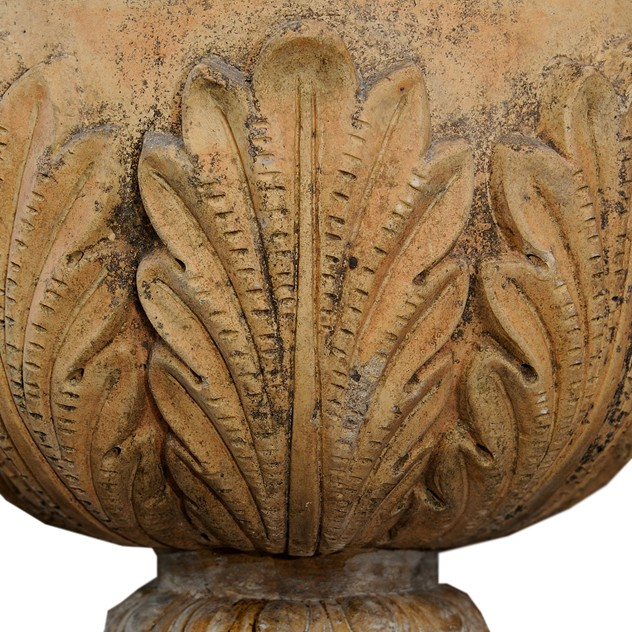 Large English Faux Terracotta Stoneware Urn -decorator-source-60b_main_636477237850014055.jpg
