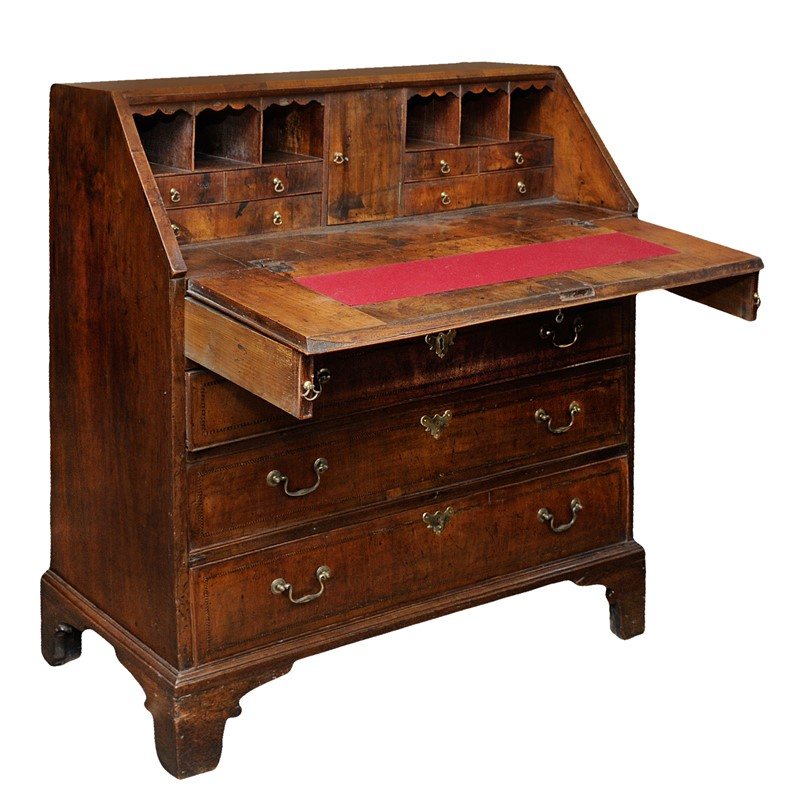English George II Walnut Bureau-decorator-source-7tit7ititii-main-637354236280293861.jpg