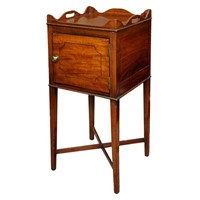 English George III Mahogany Tray Top Night Table