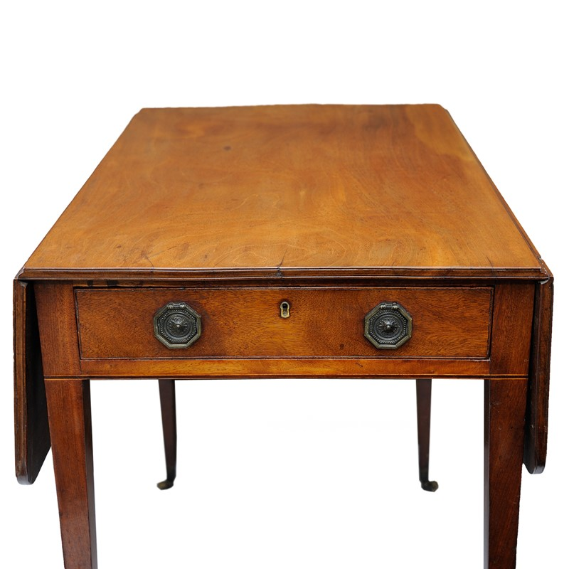 English George III Mahogany Pembroke Table-decorator-source-untitled-4-main-637067485469401342.jpg