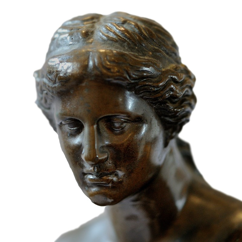 French Bronze of The Venus De Milo -decorator-source-untitled-6-main-637026964851931408.jpg