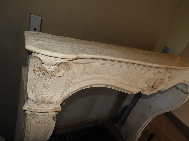 18th century limestone Louis XV fireplace -deknock-dscn5336-main-636917046771393825.JPG