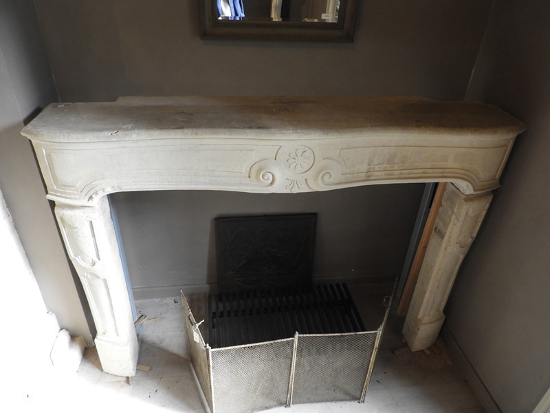 19th century Fireplace in limestone-deknock-dscn5421-main-636919557946313354.JPG