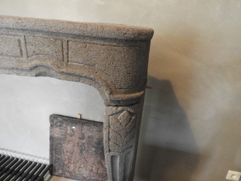 "18th century fireplace in ""Pierre de volvic"" -deknock-dscn5472-main-636923999956117574.JPG"