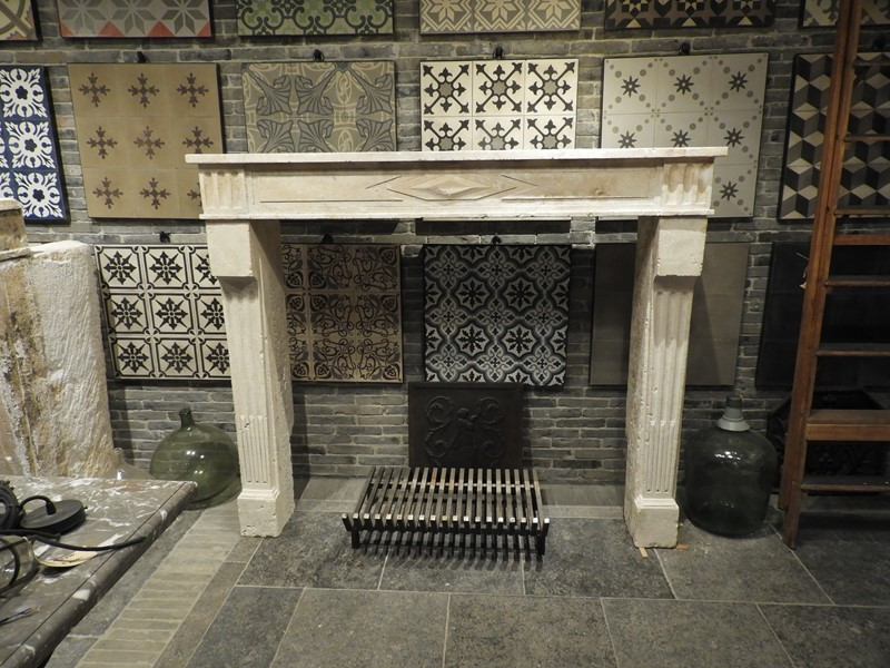 19th Century Directoire Fireplace In Limestone -deknock-dscn7236-main-637291156281279088.JPG