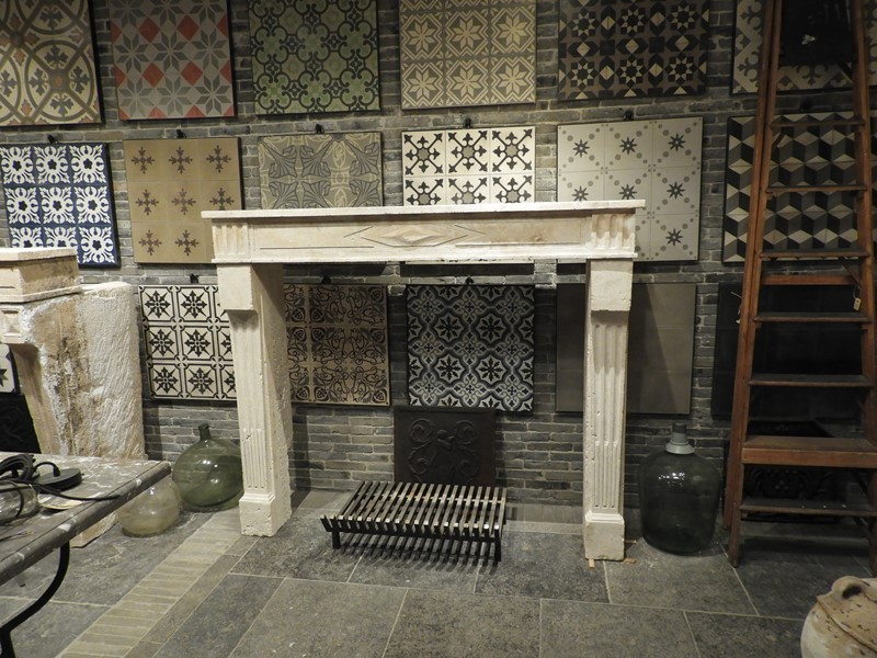 19th Century Directoire Fireplace In Limestone -deknock-dscn7237-main-637291156340810820.JPG