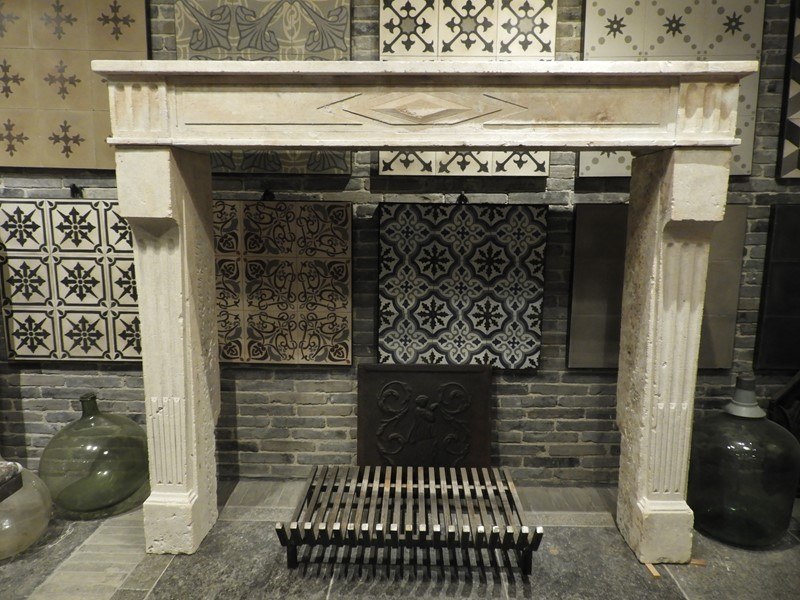 19th Century Directoire Fireplace In Limestone -deknock-dscn7238-main-637291156395810102.JPG