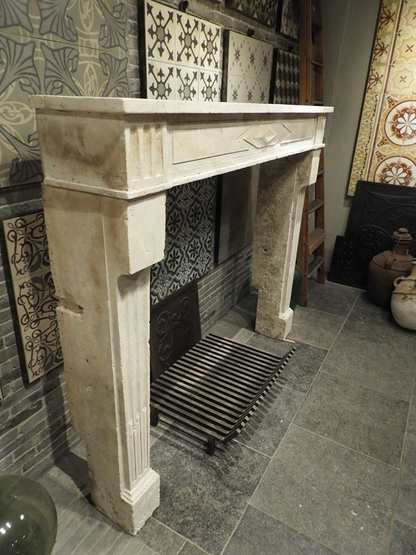 19th Century Directoire Fireplace In Limestone -deknock-dscn7242-main-637291160727519746.JPG