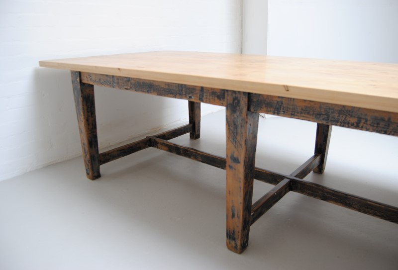 Large pine dining table-dj-green-antiques-58bf46fd-13d3-40e0-9a52-82e67d7cfc14-main-636796400463238124.jpeg