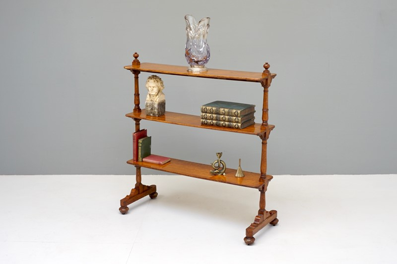 Oak Shelves-dj-green-antiques-dsc05556-main-637418174223035231.jpg