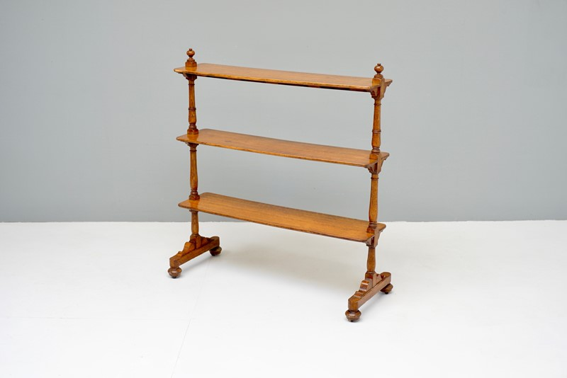 Oak Shelves-dj-green-antiques-dsc05561-main-637418174279284357.jpg