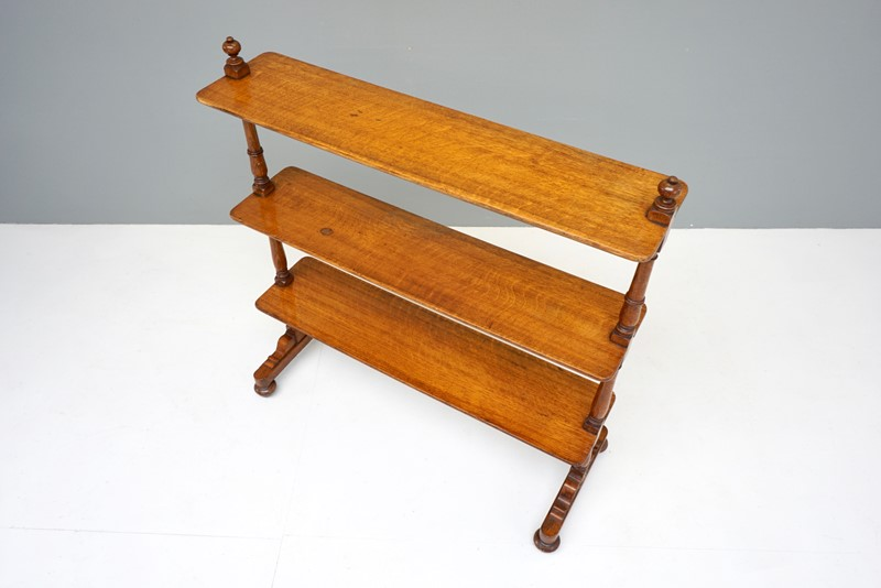 Oak Shelves-dj-green-antiques-dsc05563-main-637418174327877747.jpg