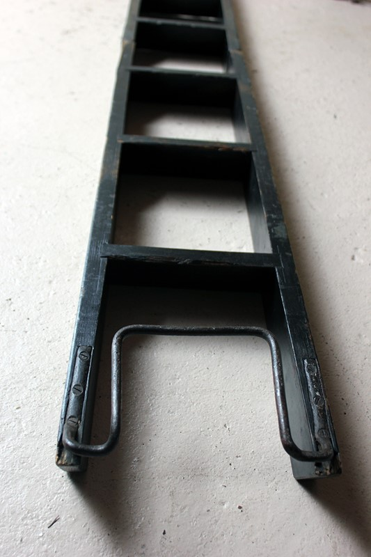 Victorian Painted Six-Tread Coaching Ladder c.1870-doe-and-hope-paintedcoachingladder13-main-636846253623741289.jpg