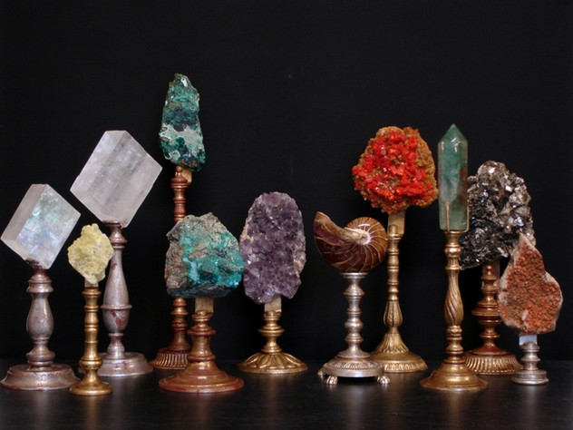 Bespoke mounted minerals-empel-collections-Minerals on stand. 3072x2304-001_main.JPG