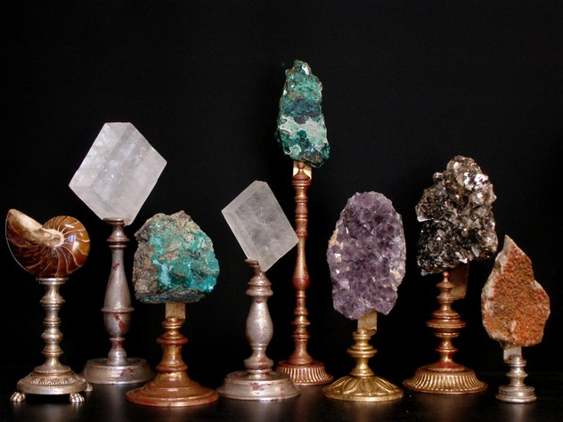 Bespoke mounted minerals-empel-collections-Minerals on stand. 3072x2304-003_main.JPG
