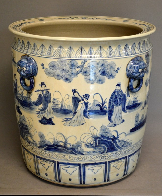 2 pairs large Chinoiserie cache pots / planters-empel-collections-large-blue-and-white-planter--002-main-636947429908002174.JPG