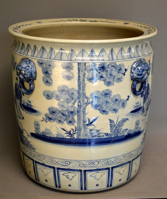 2 pairs large Chinoiserie cache pots / planters-empel-collections-large-blue-and-white-planter--003-main-636947429911907951.JPG
