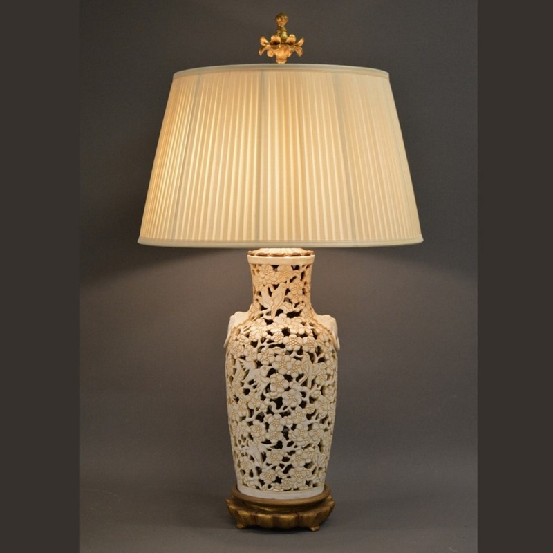 Chic American Mid century Chinoiserie lamp-empel-collections-single-vintage-chinoiserie-table-lamp-001-main-637394084638142040.jpg