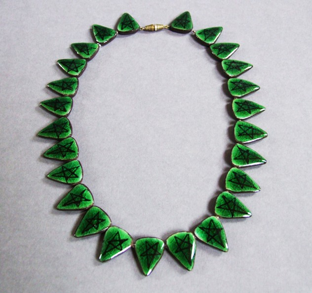 1950s Ceramic Lund Necklace (Green)-fears-and-kahn-lund-green-1a_main.jpg