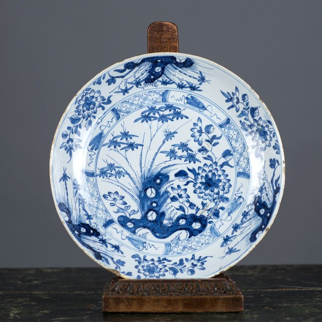 Delft  Dish, English, probably Liverpool-fleet-gallery-DSC_4322_main_636479207238028482.jpg